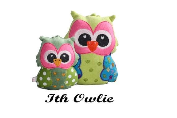 ith stuffed animal-stuffed owl pattern-stuffie embroidery