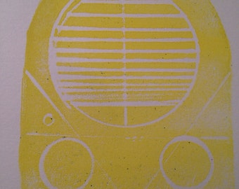 robot owl totem print in yellow edition of 3