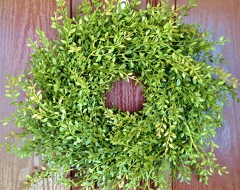 Yellow Green Farmhouse Laurel Wreath, Farmhouse Wreath, Artificial Boxwood Wreath, Joanna Gaines Wreath, Fixer Upper