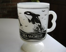 Sea World Milk Glass Mug Cup, Collectable Souvenir Milk Glass Mug, Shamu Milk Glass Mug