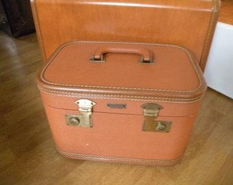 Traincase ,Brown, Aero Pak, made in Petersburg, VA,