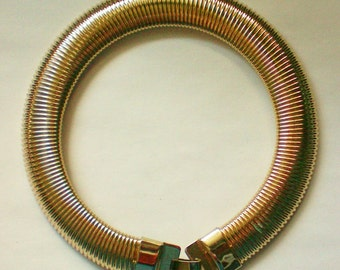 Egyptian Revival Slinky Gold tone Bib Collar Necklace - 4874