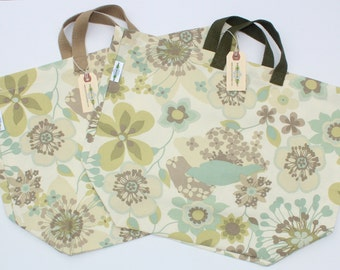 Canvas Bag: Pale Whimsical Flowers, washable
