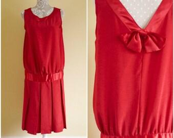 Vintage 1960s Mod Red Drop Waist Dress   Mrs Claus Xmas Dress   New Years Eve Dress   Formal Sleeveless Tunic Dress.Richard Shops.Bust 40''