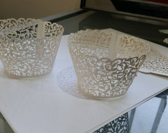 White Filgree Floral Lace Cupcake Wrappers x 12pk