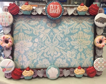 Let's Bake button photo frame