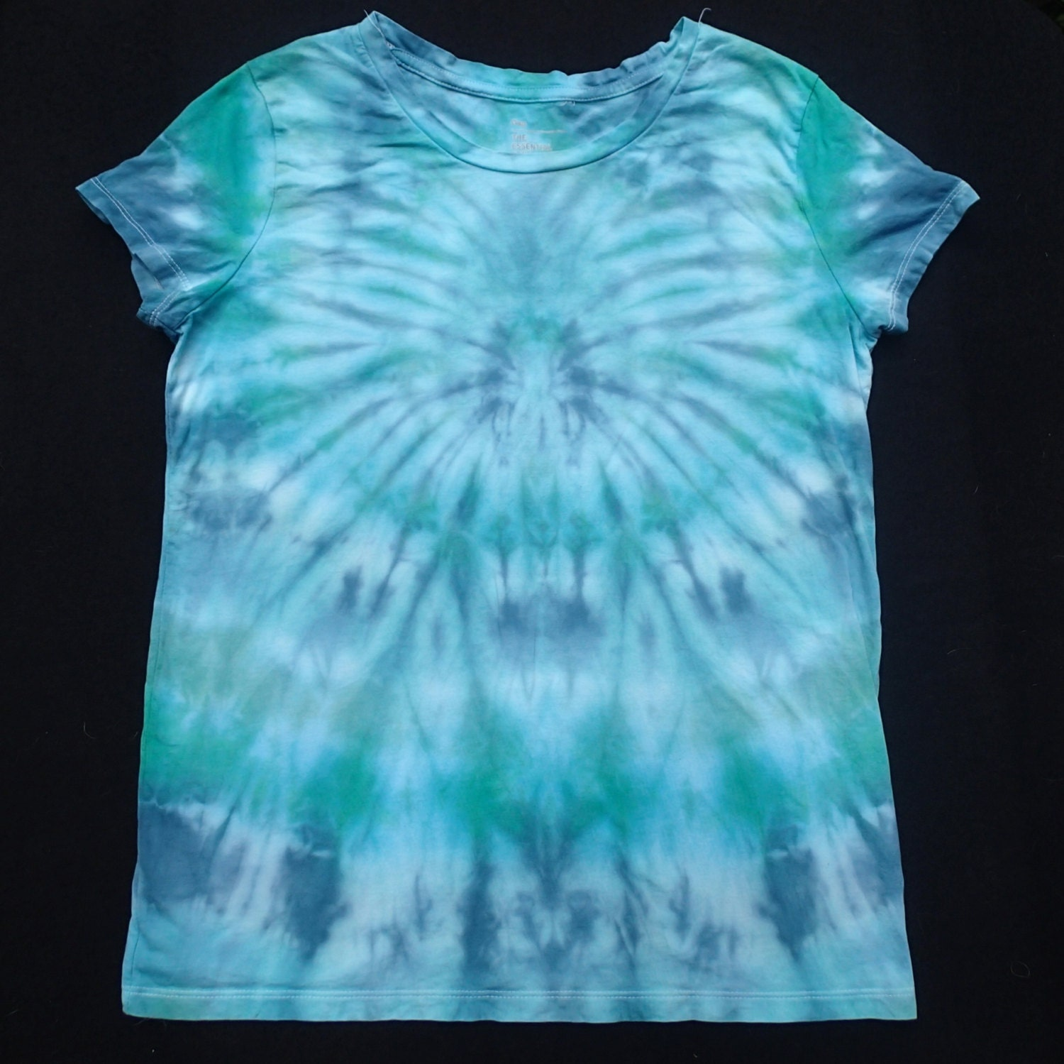Women 39 S Medium Tie Dyed T Shirt