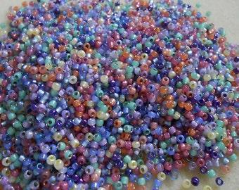 8/0 Miyuki and Toho Seed Bead Mix, 25 grams, Rose/Lavender/Lilac/Mint (0080)