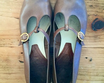 60s T-strap Mary Janes (9.5)