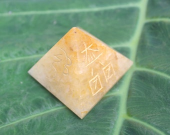 Quartz Reiki Usui Symbol Five Side Engraved Pyramid Healing 40 MM at the base