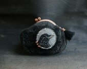 Black crow purse, woodland shearling kiss lock fur pouch, Halloween pouch, cosmetic pouch