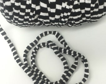 10 meters of T Shirt Yarn White and Black Stripes color