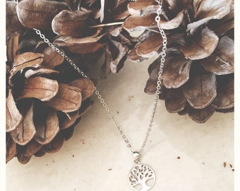 Silver necklace with tree of life