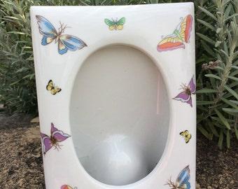 SALE....Vintage Ceramic Pocket Butterfly Frame, made in Japan, Nursery Decor, Cottage Decor, Shabby Chic Decor