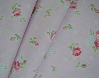 """Fat Quarter of 2015 Lecien Princess Rose Small Roses in Pastel Lilac. Approx. 18"""" x 22""""  Made in Japan"""