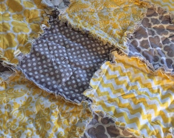 Custom Baby Rag Quilt- pick your colors- shabby chic