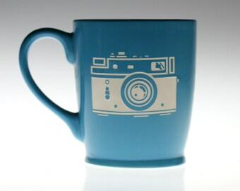 35mm Camera with flash sandblasted Ceramic Coffee Mug,camera glass,camera gift,photographer gift,photographer mug,coffee mug, tea mug