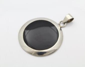 Modernist Sterling Silver and Black Enamel Disc Pedant. [5527]