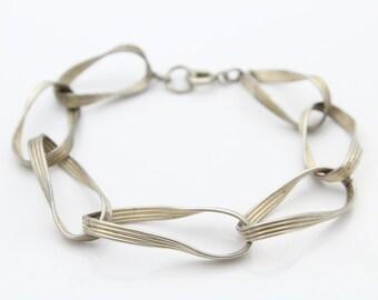 "Retro Sterling Silver Twisted Ribbon Bracelet Unusual 6"". [5971]"