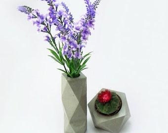 Polygonal vase, vase with cement. Polygonal concrete vase.