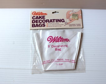 """WILTON CAKE DECORATING Bags, Vintage icing bags, vinyl icing bags, reusable icing bags,Wilton decorating supply,Wilton decorating bag,9"""" bag"""