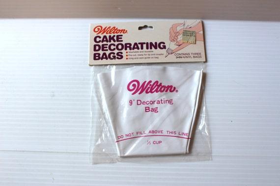 WILTON CAKE DECORATING Bags Vintage icing bags vinyl icing