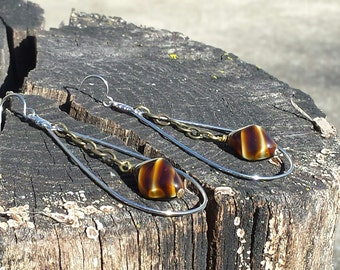 Earrings - Silvertone Teardrop Link With Tiger eye Bead