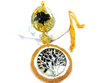 The goddess gaia tree of life on real pearl necklace
