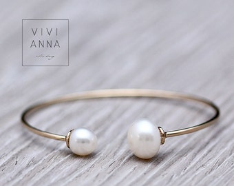 Gilded Bracelet with freshwater pearls A063
