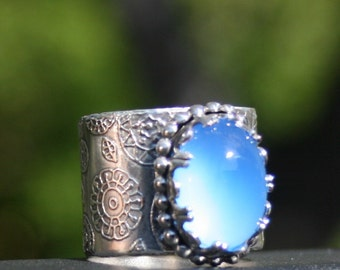 Sterling Silver Blue Chalcedony  Ring