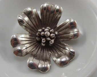 Hill Tribe Thai Large Silver Flower Pendant - #5160