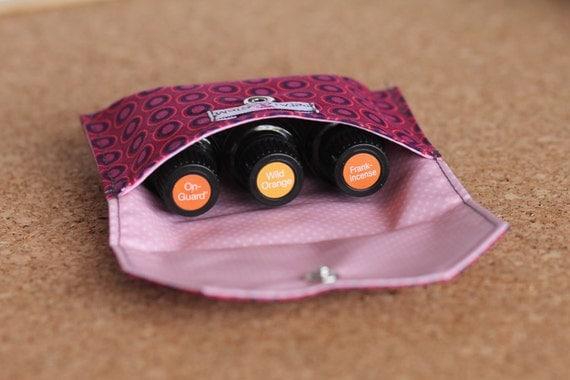 Essential Oil Bag for 3 bottles (15ml) Burgundy Oval, doTERRA, Young Living, Eden's Garden