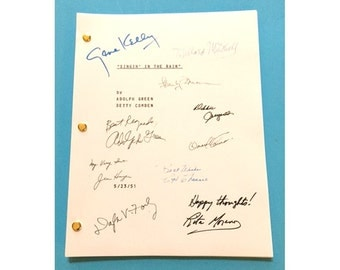 Singin' In the Rain Signed Movie Script Gene Kelly, Donald O'Connor, Debbie Reynolds Classic
