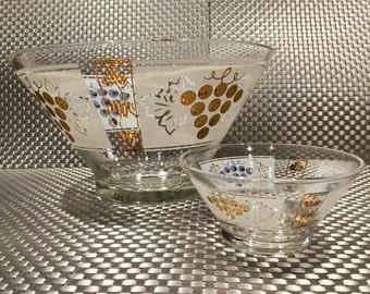 Anchor Hocking MCM Chip & Dip set - Gold Grapes Design.