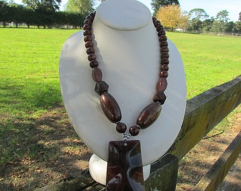 1990's boho brown necklace. Free shipping!