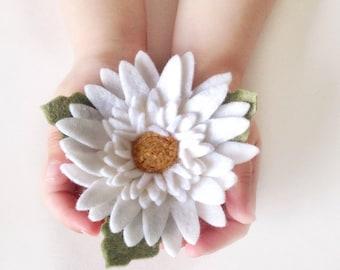 Gerbera Daisy Brooch - Felt Flower Brooch - Felt Flower Pin - Gerbera Daisy Pin - Felt Brooch - Scarf Brooch - Flower Brooch - Wedding Pin