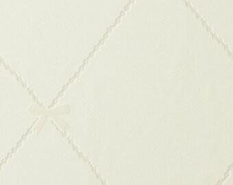 Balance Geometric Diamond Wallpaper Off White R1811