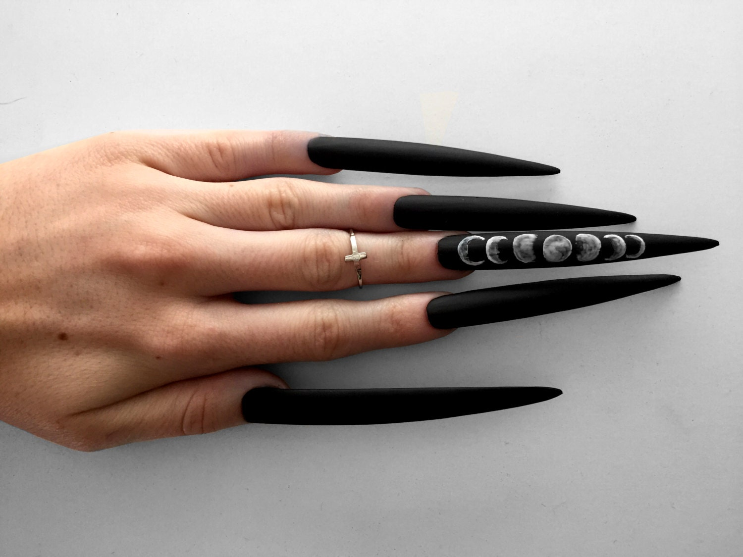 Black Pointy Nails Remutexcom