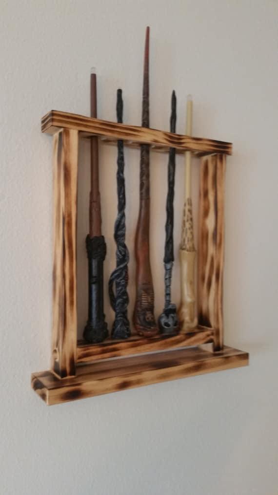 baguette affichage support de baguette magique qui se tient. Black Bedroom Furniture Sets. Home Design Ideas