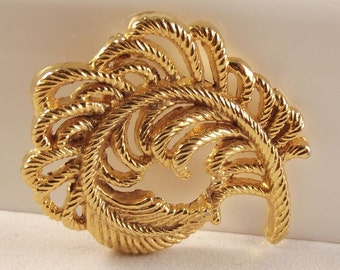 Vintage Plume feather Gold tone Brooch