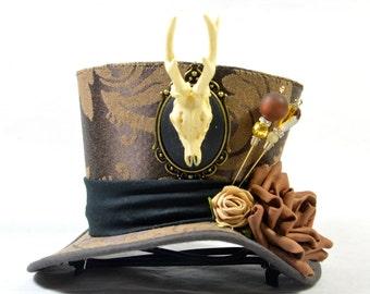 Steampunk mini Hat - Brocade - antler cameo + Rosen-Fascinator - headpiece