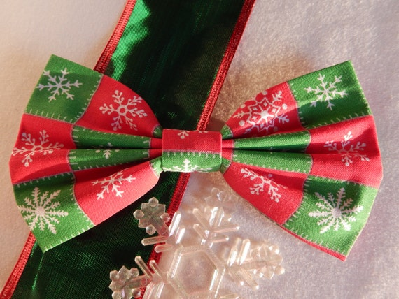 Snowflakes-Red and Green Patchwork hair bow Handmade Hair Accessory