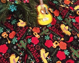 Whimsical Christmas Tree Skirt, Modern Christmas Tree Skirt, Colorful Christmas Tree Skirt, Feliz Navidad Tree Skirt