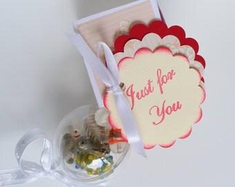 Flowergirl bracelet bauble, multicoloured glass bead bauble, wedding accessory, bridal accessory, bridesmaid gift