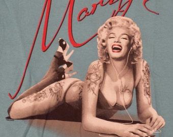 Marilyn Monroe - Iphone - Quality 100% Cotton Tshirt