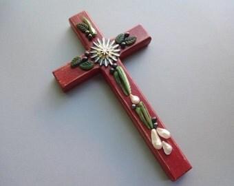 Wall Cross - Jewelry pearls red Wood Christian Jesus Cross - Wall art - Home decor - Confirmation gift - Christ cross