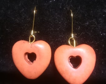 Howlite heart orange earrings