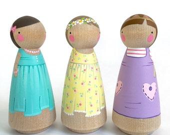 """3 1/2"""" Peg Doll Friend trio // (Three) 3 1/2"""" girl peg dolls // pretty peg dolls // wooden dolls // 3 peg dolls // trio of friends peg dolls"""