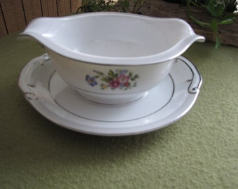 Gravy Boat with Underplate Gold Coast China Made in Japan Pattern #GC012 Sauce Bowl Vintage Dinnerware