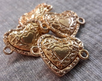 Lot of 2 Packs of 2 (4 clasps total) Magnetic clasp Heart shape Gold (Perle Nouveau) by Cousin Corporation.